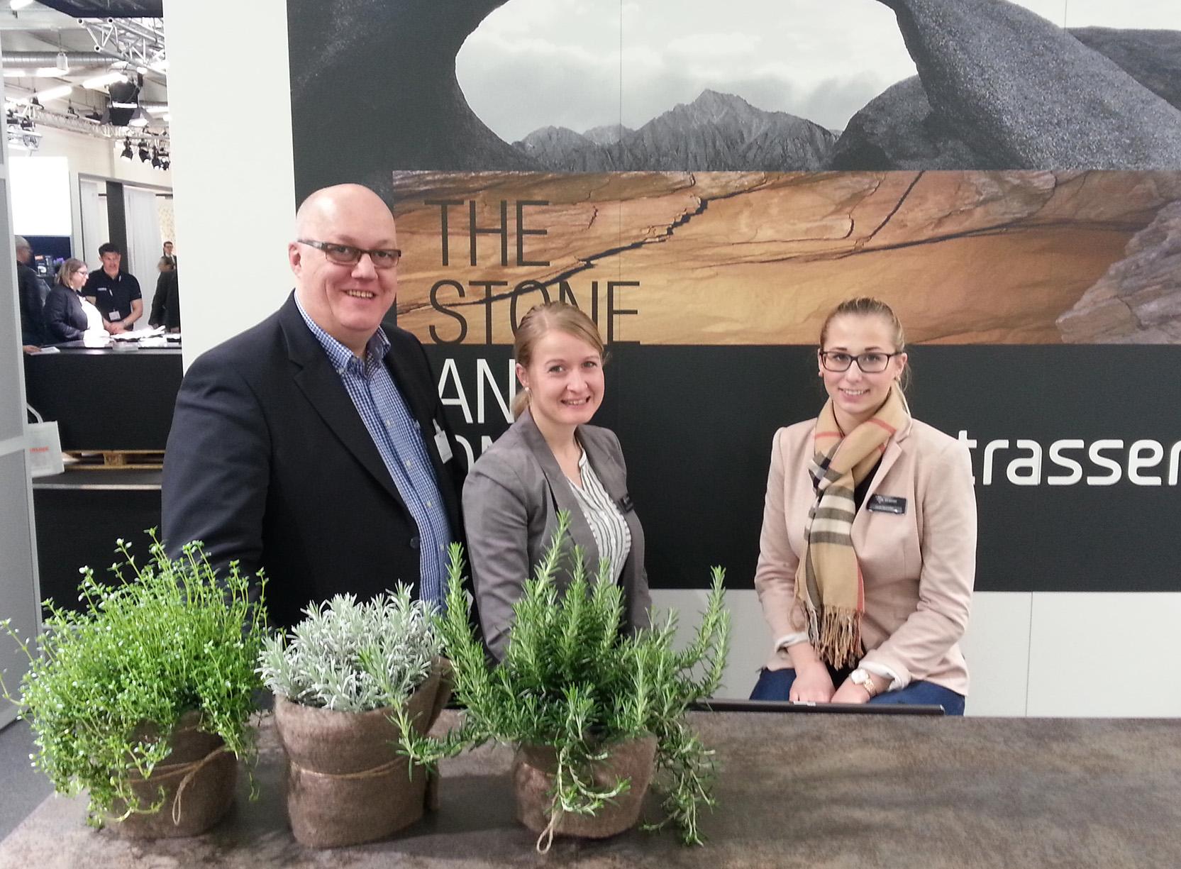 Das Team von Strasser Steine auf der Küchenwohntrends 2016 in München