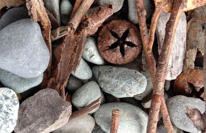 Steine und Holz, eine harmonische Einheit