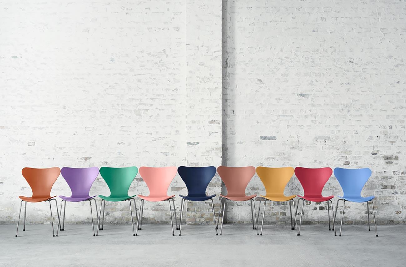 Skandinavisches Design von Arne Jacobsen: Stühle der Serie 7