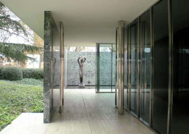 Barcelona Pavilion, entworfen von Mies van der Rohe