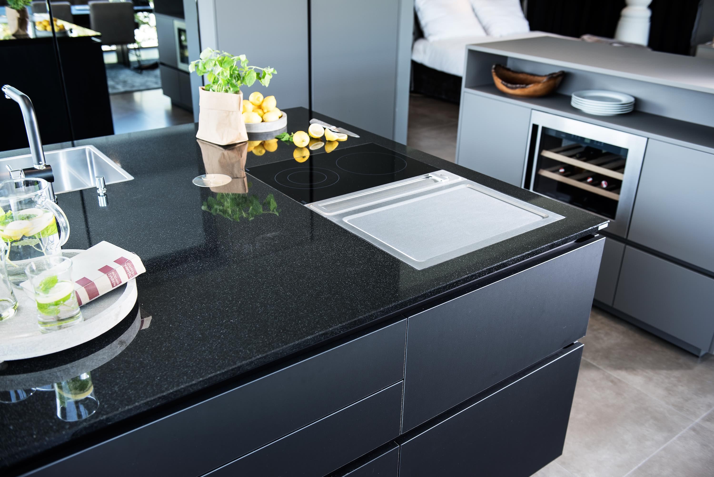 Schwarz Ist Das Neue Weiß: Schwarze Küchen
