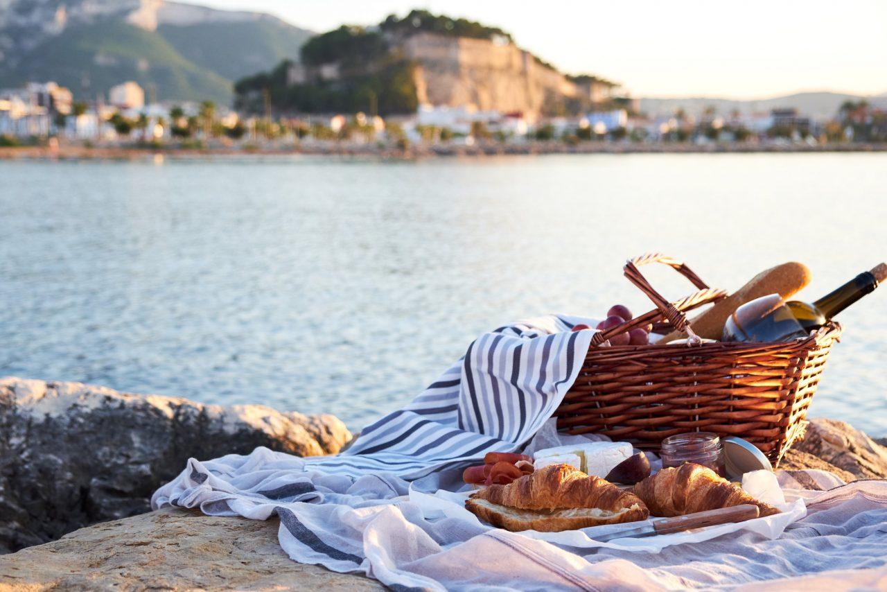 Picknickplatz am Meer.