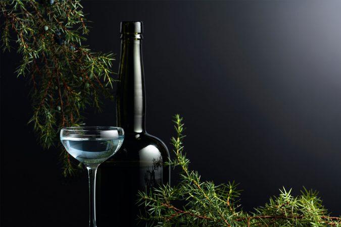 Hochwertiger Gin aus Wacholderbeeren