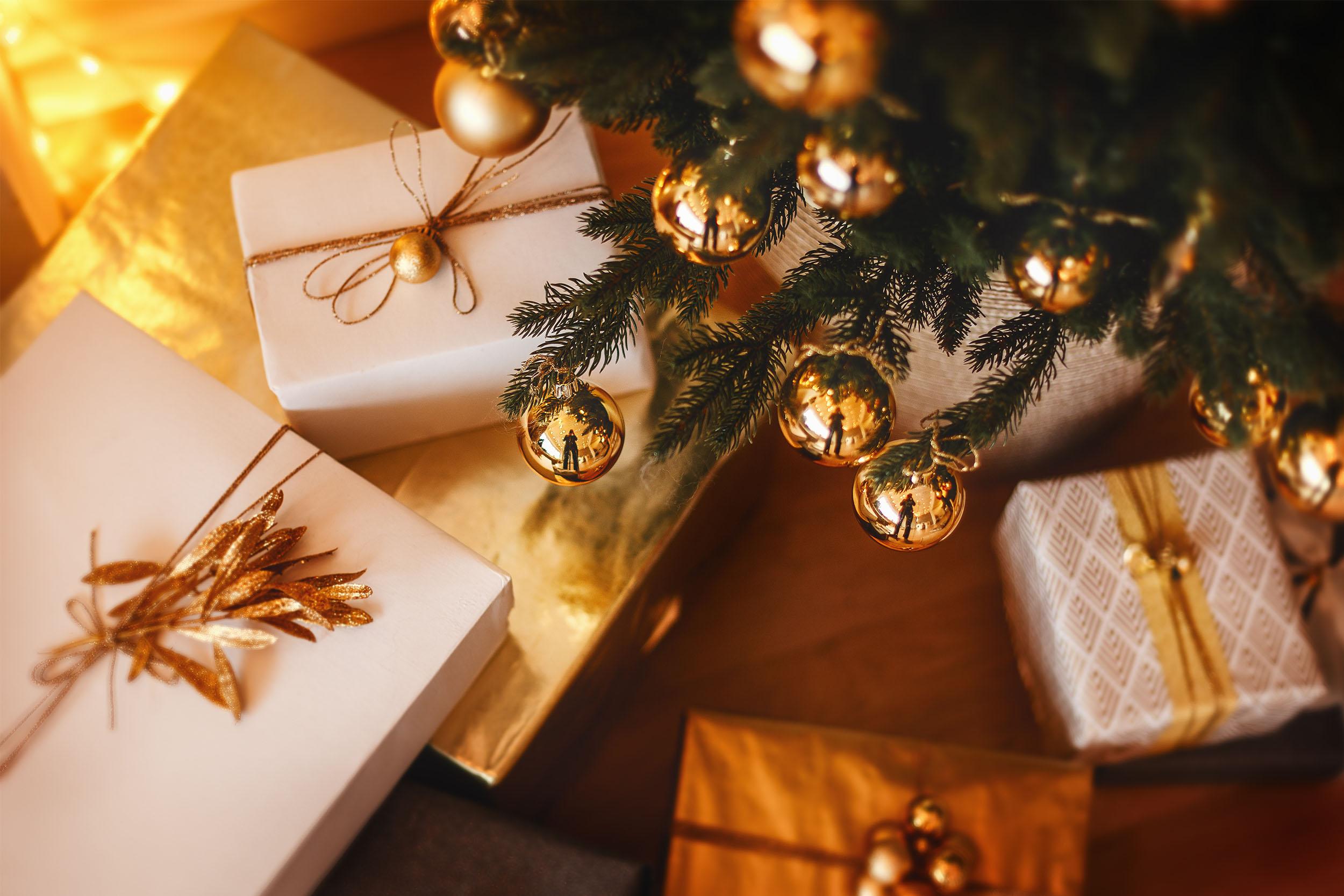 Geschenke unter dem Christbaum
